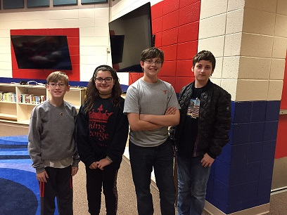 """Picture of the cyber team called """"Eagles Cyber Club"""" posing together"""