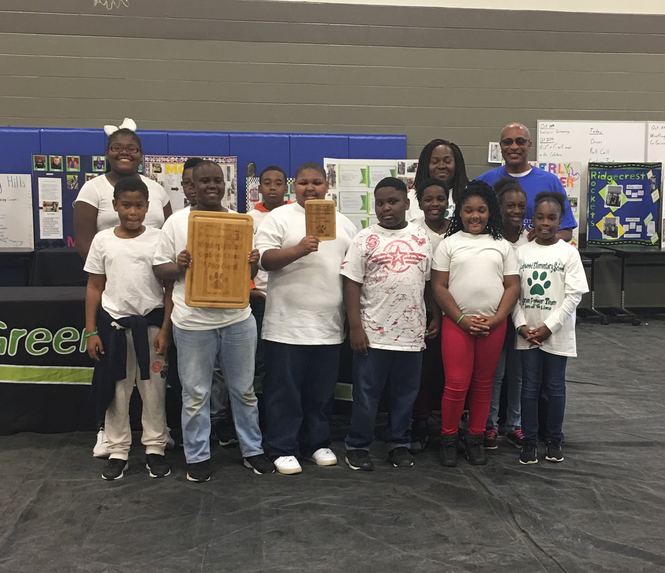 A group picture of the Lakewood Green Power Team with Mrs. Hannah and Mr. Barnes