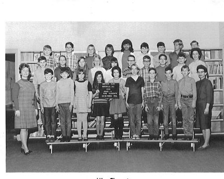 A 1968-69 Montview Class Picture