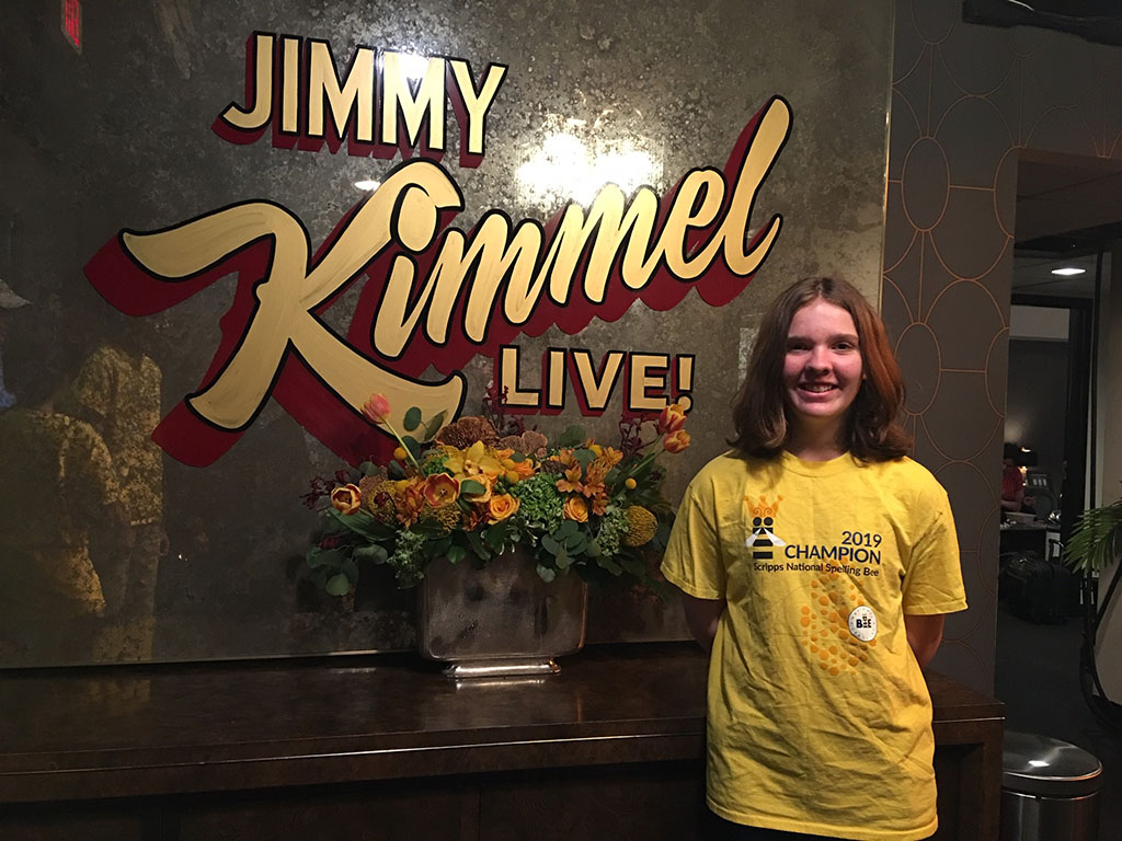 Erin standing in front of the Jimmy Kimmel Live! show sign