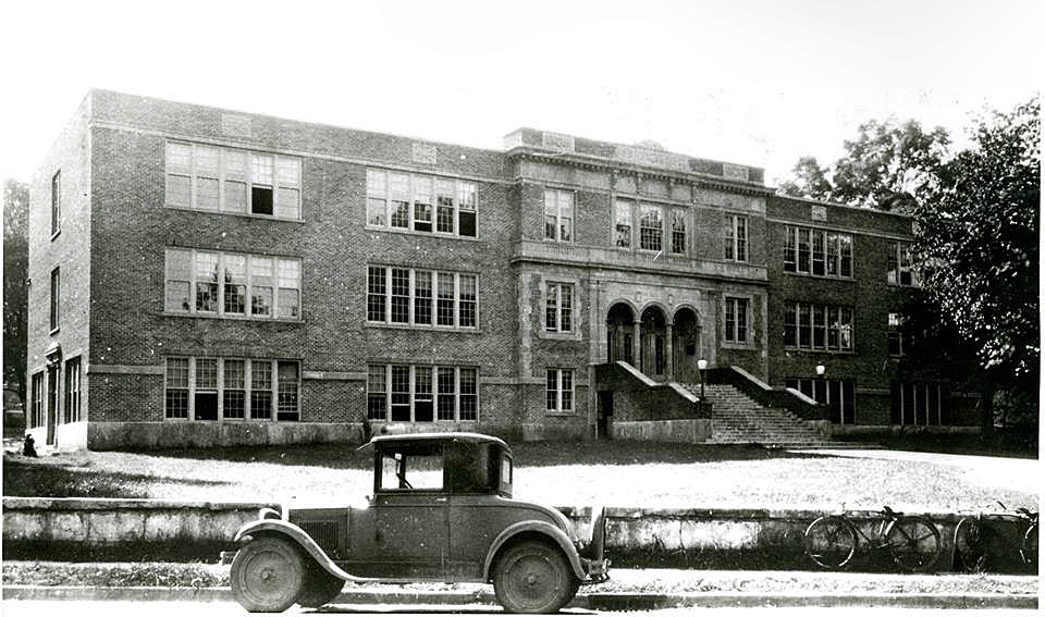 Huntsville High School Circa 1929, Now Annie Merts